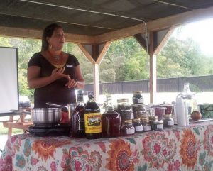 Suzanna Stone of Owlcraft Healing Ways teaches class on fermentation